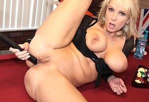 Crazy MILF Porn Pictures