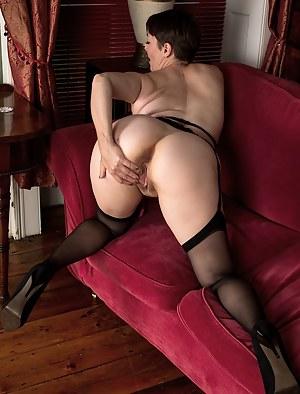 MILF Ass Porn Pictures